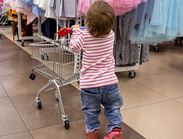 Toddler - Toilet training - out and about